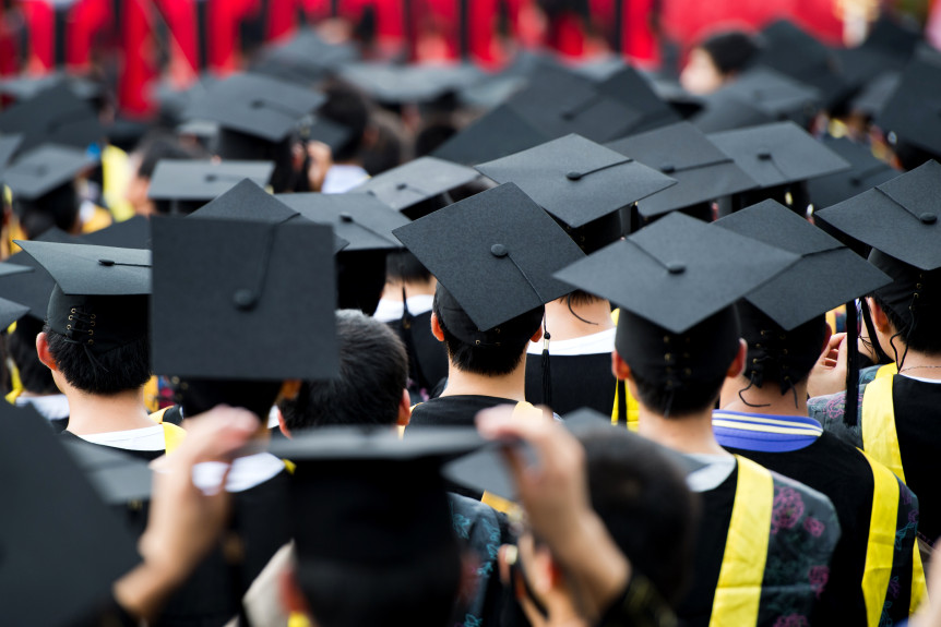 5 Reasons for getting a degree online